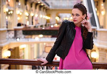 moda, donna, in, il, centro commerciale