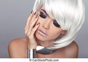 moda, hairstyle., belleza, girl., blanco, aislado, fringe., gris, fondo., cortocircuito, rubio, hair., retrato, close-up., woman., cara, style., moda