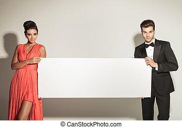moda, hombre y mujer, tenencia, un, blanco, board.