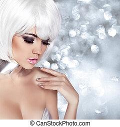 moda, loura, girl., beleza, retrato, woman., makeup., branca, shortinho, hair., isolado, ligado, piscando, natal, experiência., rosto, close-up., manicured, nails., voga, style.