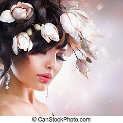 moda, morena, niña, con, magnolia., peinado