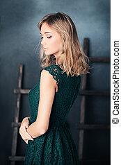 moda, mujer, posing., estudio, retrato