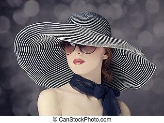 moda, mulheres, em, largo, chapéu