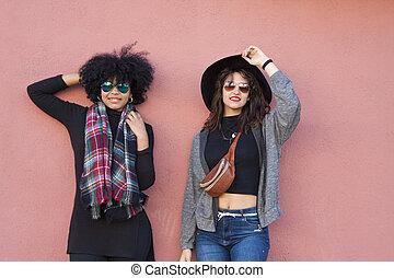 moda, niñas, en, calle