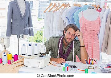 moda, pensativo, desenhista