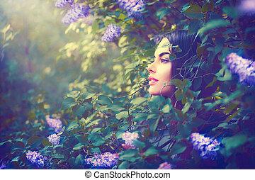 moda, primavera, modello, ragazza, ritratto, in, lilla, fiori, fantasia, giardino