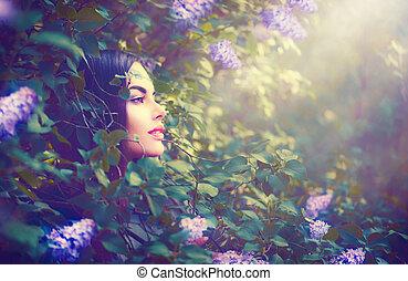 moda, primavera, modelo, menina, retrato, em, lilás, flores, fantasia, jardim