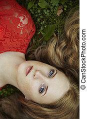 moda, ritratto, di, giovane, sensuale, donna, in, giardino
