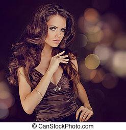 moda, senhora, sensual, morena, mulher, com, brilhante, cacheados, sedoso, cabelo, em, elegante, vestido