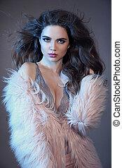 moda, sensualidade, cabelo, morena, langerie, retrato, renda, cor-de-rosa, coat., isolado, longo, deslumbrante, desgastar, mulher, estúdio, fundo, excitado, alto, pele, saudável, cinzento, tentando