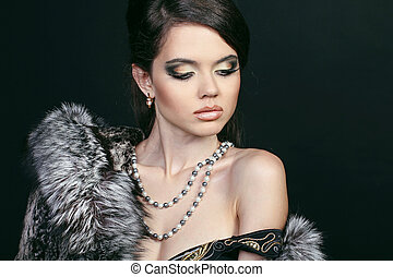 mode, attraktive, frau pelzmantel