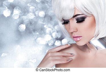 mode, blond, girl., schoenheit, porträt, woman., feiertag, make-up., schnee, königin, hohe mode, porträt, aus, blaues, bokeh, hintergrund.