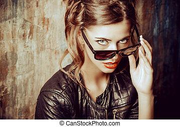 mode, bril