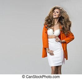 mode, coup, de, a, femme, dans, orange, manteau