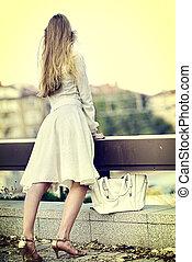 mode, femme, dans, automne, printemps, robe, sur, ville, .,...