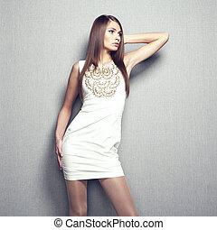 mode, foto, av, ung, sensuell, kvinna, in, beige, klänning