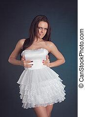 mode, frauenportraets, gegen, weiße wand