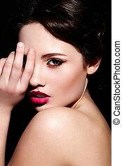 mode højeste, look.glamor, closeup, portræt, i, smukke, sexet, brunette, kaukasisk, ung kvinde, model, hos, klar, makeup, hos, rød læbe, hos, perfekt, rense, hud
