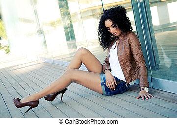 mode, jonge, zwarte vrouw, verticaal, model