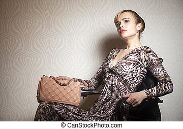 mode, junge frau, mit, tasche