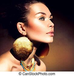mode, kvinna, portrait., gyllene, jewels., toppmodern, smink