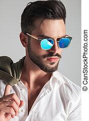 mode, lunettes soleil, closeup, portrait, vue, côté, homme