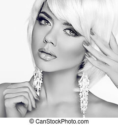 mode, schoenheit, girl., frauenportraets, mit, weißes, kurz, hair., schwarz, anzeige, weißes, studiofoto