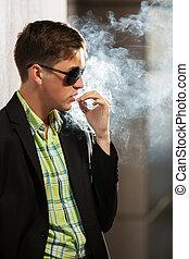 mode, sonnenbrille, junger, zigarettenrauchen, mann