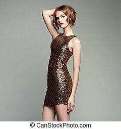 mode, stående, av, elegant, kvinna, med, magnifik, hår