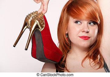 mode, vrouw, met, rood, hoge hiel schoenen