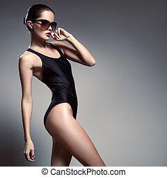mode, woman., bikini, und, sunglasses.