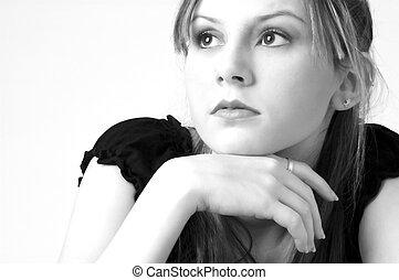 Model in B&W 12 - Pretty model in black on white