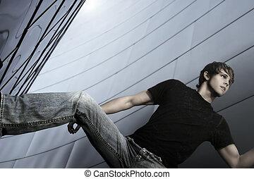 model, mannelijke , horizontaal, pose