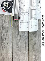 modelo arquitectónico, rollos, con, cintamétrica, y, plegadizo, regla, en, tabla de madera