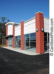 modern, új, kereskedelmi épület
