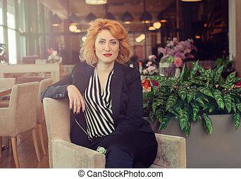 modern and dynamic woman