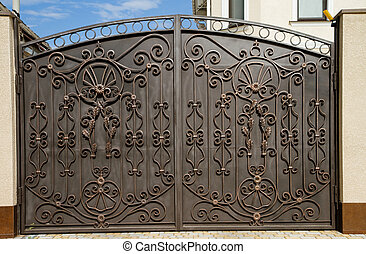Modern forged gates. - Modern forged decorative gates.