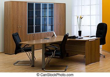 modern, hivatal