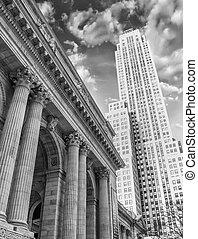 Modern Skyscrapers of New York City - Manhattan