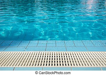 Pool Overflow Grating - Modern Swimming Pool Overflow...