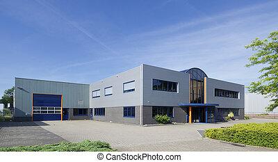 b timent industriel moderne industriel bureaux photo de stock rechercher images et. Black Bedroom Furniture Sets. Home Design Ideas