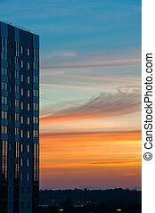 moderne bygge, hos, solnedgang