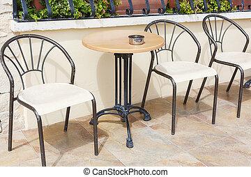 stoelen moderne stoelen draad moderne twee beelden On moderne tafels en stoelen