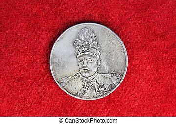 moderno, épocas, chino, dólares de plata, el, fondo rojo