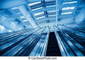 moderno, azul, escalera mecánica