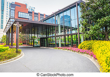 moderno, edificio de oficinas, entrada