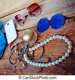 moderno, hembra, accesorios