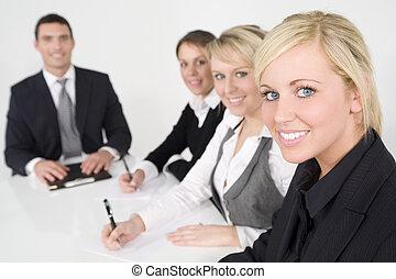 moderno, oficina, trabajo en equipo
