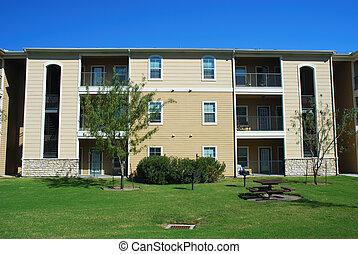 modernos, casa apartamento, com, gramado verde