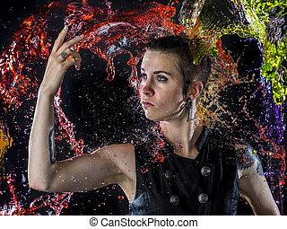 modernos, mulher, sendo, espirrado, com, coloridos, água